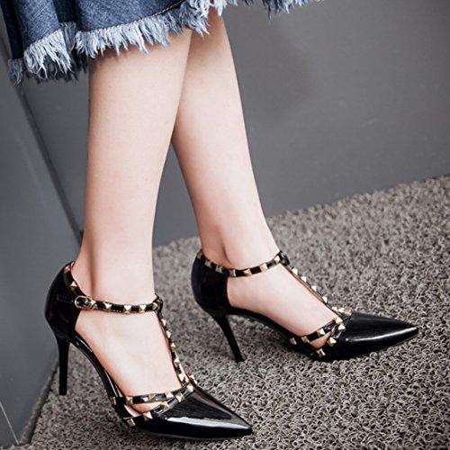 AIYOUMEI Spitze Zehen Lack Pumps mit Nieten T-Spangen High Heels Schuhe für Hochzeit Schwarz
