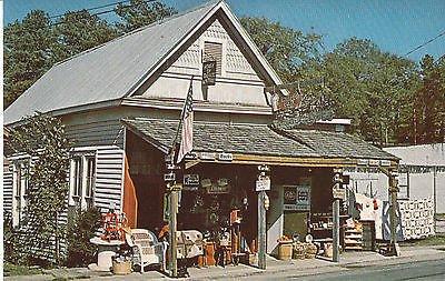 (G0228 AL, Springville House of Quilts/Antiques Postcard)