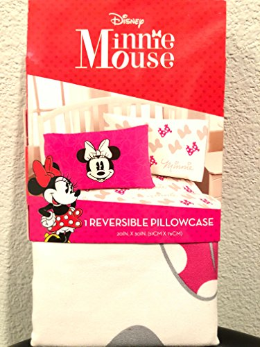 Jay Franco Disney Minnie Mouse Go with The Bow 1 Pack Pillowcase - Double-Sided Kids Super Soft Bedding (Official Disney - Pillow Case Adorable