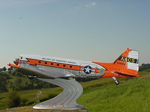 1/72 U.S. Air Force 1959 USAF Airways & Communications Service Military Air Transport Service DC-3 C-47 Airplane - ERTL