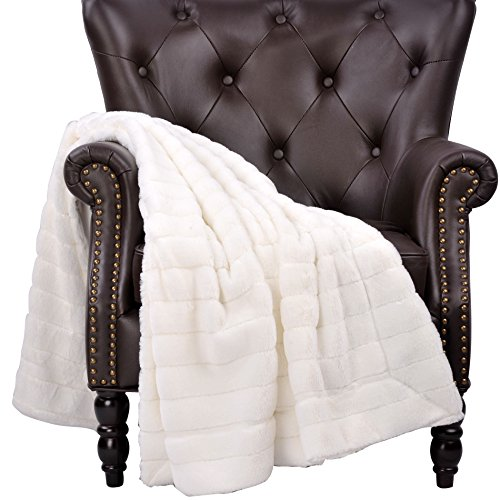 BOON Super Mink Faux Fur Throw with Micromink Backing, 60