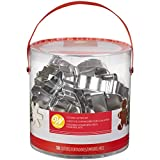 Kitchen & Housewares : Wilton Holiday Shapes Metal Christmas Cookie Cutter Set, 18-Piece