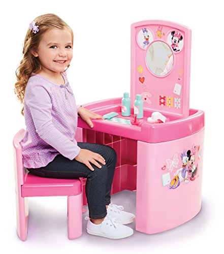 elpers Pretend N' Play Activity Table Set with One Chair ()
