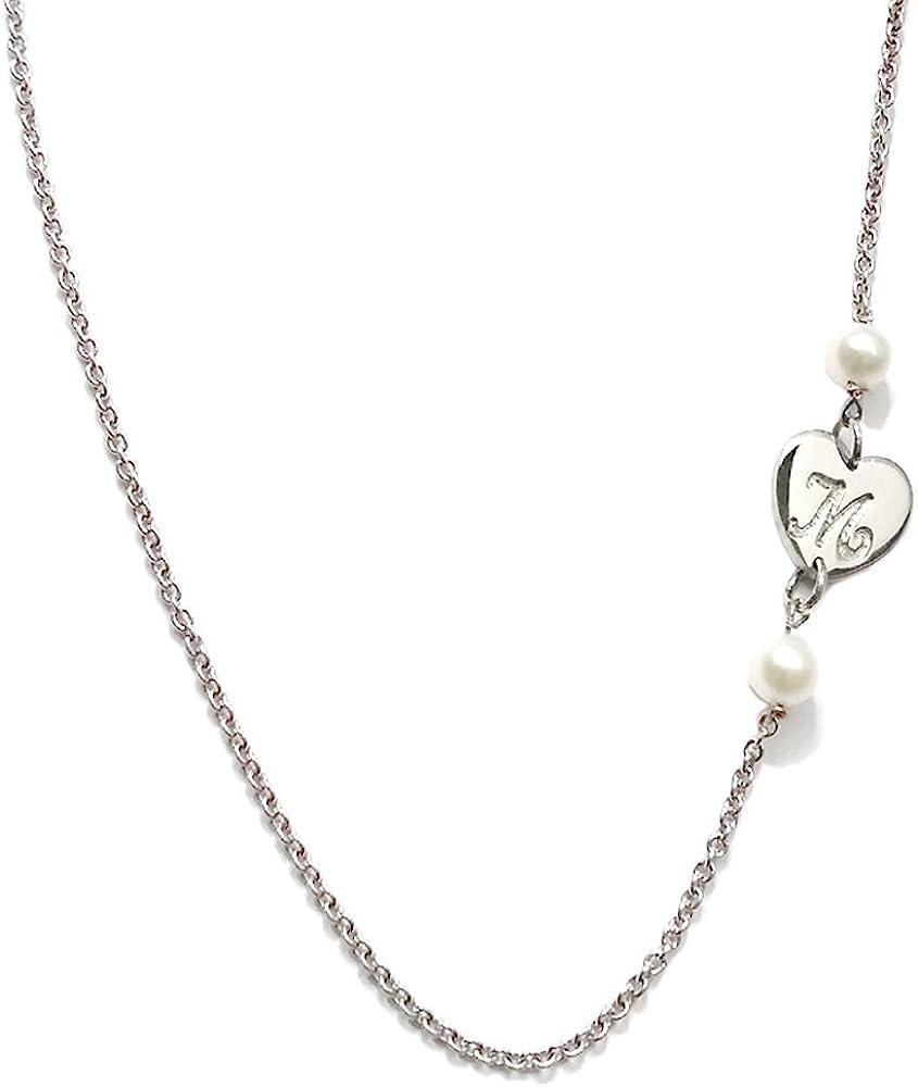 Collar de plata con colgante corazón con grabado personalizado. Dos Perlas de Río de color blanco.