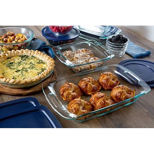 Pyrex Easy Grab 3-Quart Oblong Baking Dish