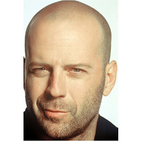Bruce Willis 8x10 Photo Die Hard Moonlightling A Good Day to Die Hard smirkingDC (A Good Day To Die Hard Actress)