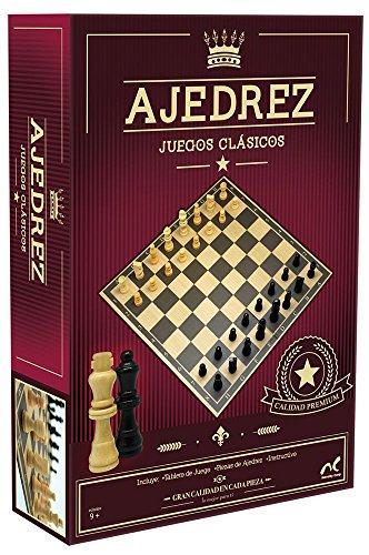 Novelty Juego Clásico de Ajedrez, con Piezas de Madera, En Caja de Cartón