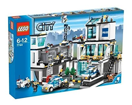Amazoncom Lego City Police Headquarters Toys Games