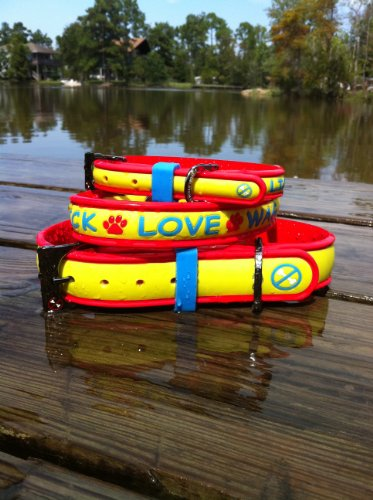 Hot Tamale Lick Love Wag Dog Collar Medium, My Pet Supplies