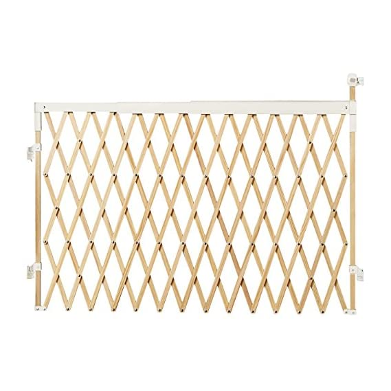 Munchkin Wide Spaces Expanding Gate (Light Wood)