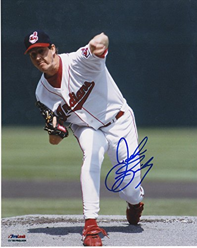 Signed John Smiley Picture - 8x10 - Autographed MLB Photos