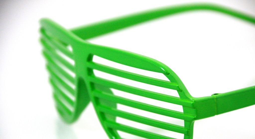 7dfa3cf56658 Shutter Shades Party Glasses Sunglasses Novelty Glasses etching glasses  Kanye West Style in Green  Amazon.co.uk  Sports   Outdoors