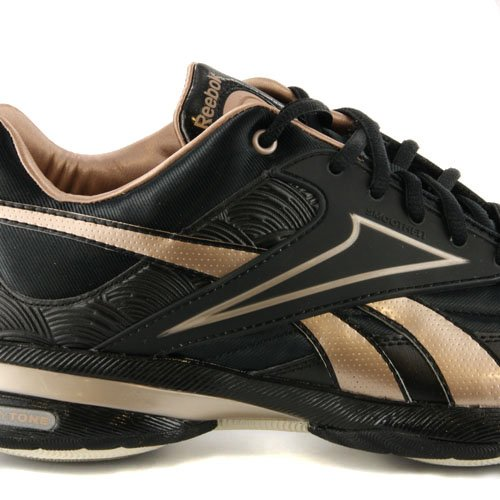 the latest e8720 205ce Womens Reebok Easytone Reeinspire Black   Gold Fitness Trainers UK 7   Amazon.co.uk  Shoes   Bags