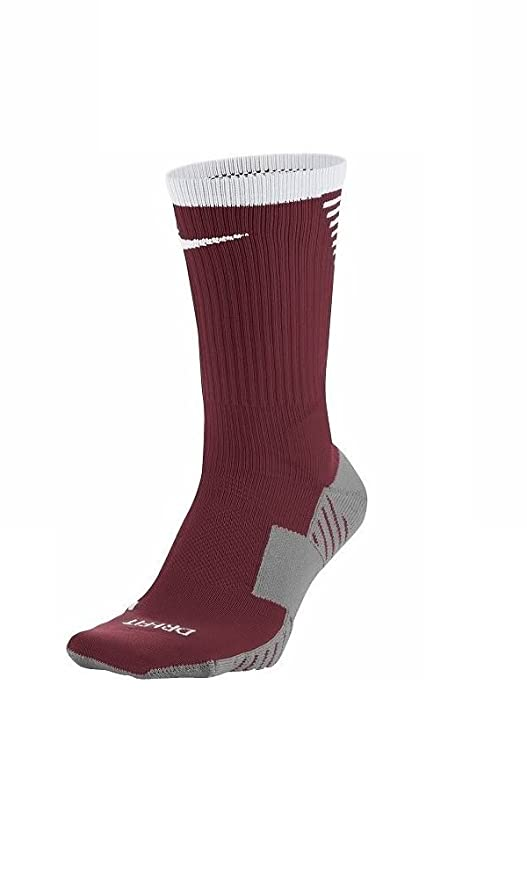 5f71a4abf122 Amazon.com  Nike Men s Squad Football Crew Socks Size 8-12 (Red ...