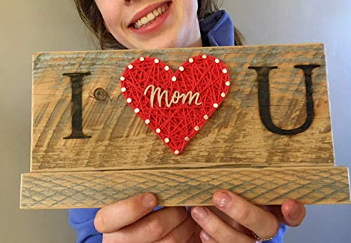 I love you Mom sign and gift