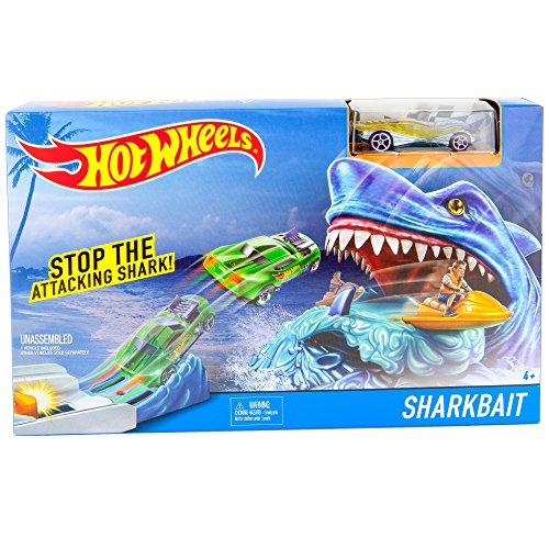 Set Attacking (Hot Wheels Shark Bait | 1 Vehicle Included | Stop The Attacking Shark Play Set | Connects to Other Track Sets Systems)