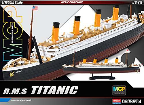 1:1000 Academy R.m.s. Titanic Mcp (multi Color Parts) Plastic Model -