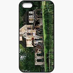 Protective Case Back Cover For iPhone 5 5S Case Home Village Queen Marie Antoinette France Forest Black