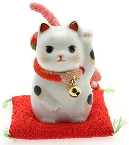 - Kotobuki Maneki Neko Beckoning Lucky Cat Figurine with Kimono Bow