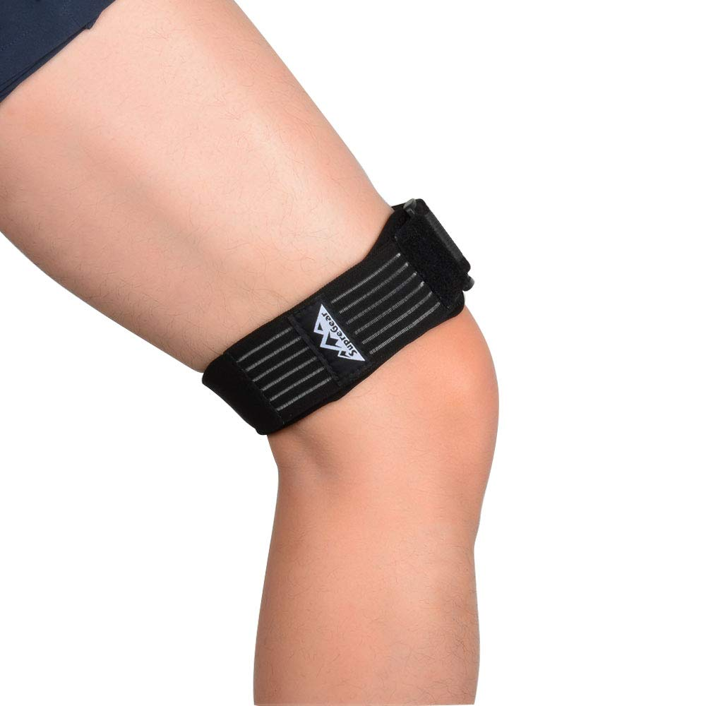 SupreGear IT Band Strap for Knee, Adjustable Comfortable Iliotibial Band Wrap Breathable ITB Strap with Extra Compression for Iliotibial Band Syndrome (Black) by SupreGear