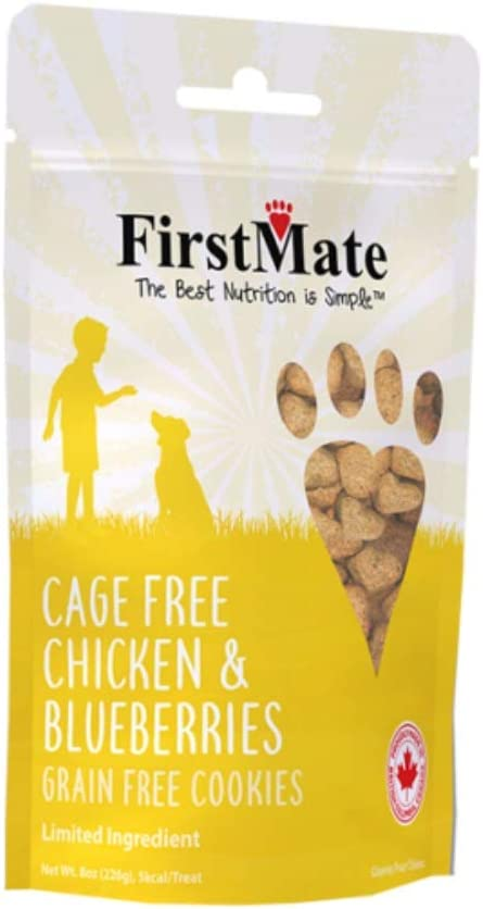 FirstMate Cage Free Chicken and Blueberries Dog Biscuits, 8 Ounces, Limited Ingredient and Grain Free