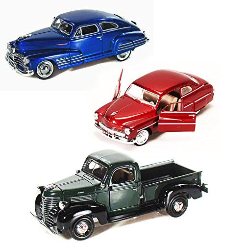 Best of 1940s Diecast Cars - Set 33 - Set of Three 1/24 Scale Diecast Model Cars