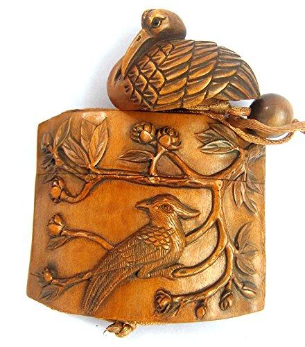 IR144 -20 Years Old - 4.4X7.8X3.0 CM Carved Boxwood INRO /Netsuke/ojime :Birds