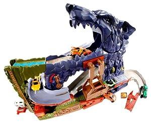 Amazon Com Matchbox Wolf Mountain Adventure Playset Toys