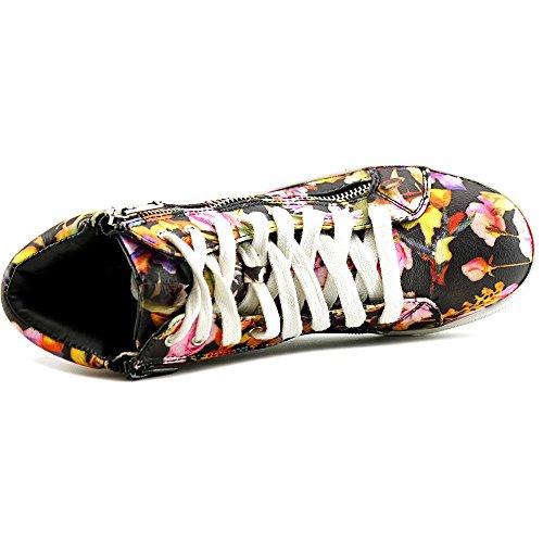 Material Girl Meveret Women Us 7 Sneakers Multi Colore