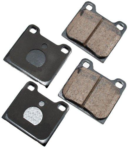 (Akebono EUR31 EURO Ultra-Premium Ceramic Brake Pad Set)