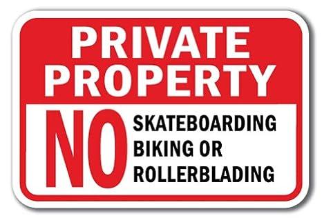 Amazon.com: Propiedad Privada Ningún Signo Skateboarding ...