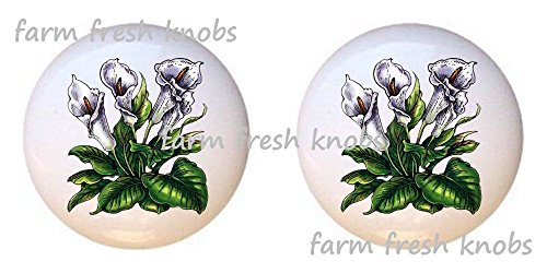 (SET OF 2 KNOBS - Calla Lilies - Flowers Plants Flower Bouquet Floral - DECORATIVE Glossy CERAMIC Cupboard Cabinet PULLS Dresser Drawer KNOBS)