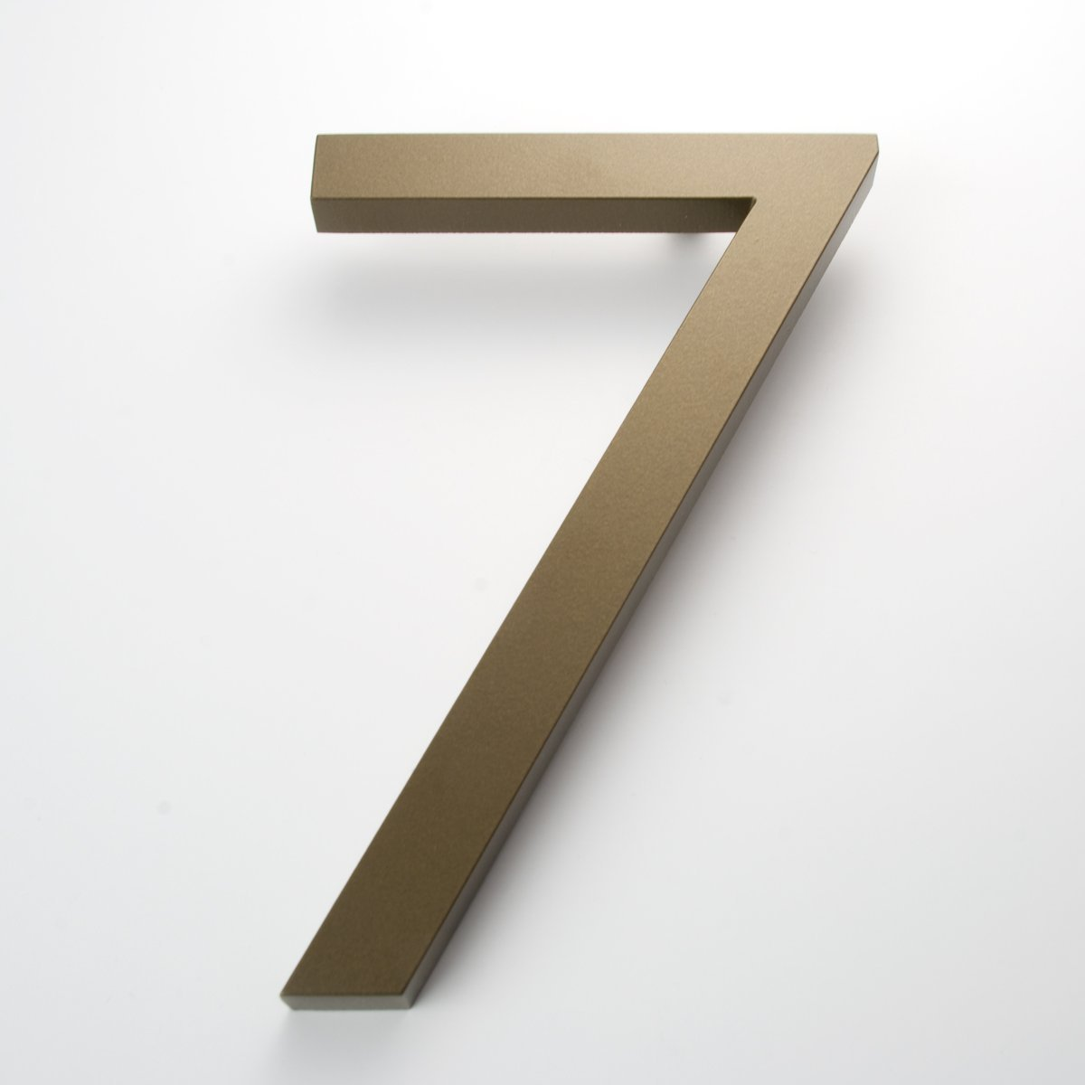 Amazon com modern house number bronze color aluminum modern font number seven7 6 inch address plaques garden outdoor