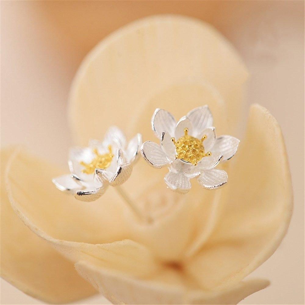 Ling Studs Earrings Hypoallergenic Cartilage Ear Piercing Simple Fashion Earrings Ear Jewelry Sterling Silver 925 Silver Flower Simple Hypoallergenic Earrings
