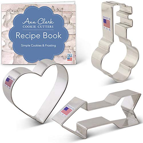 (Valentine's Day Cookie Cutter Set with Recipe Booklet- 3 piece - Heart, Arrow and Key - Ann Clark - US Tin Plated Steel)