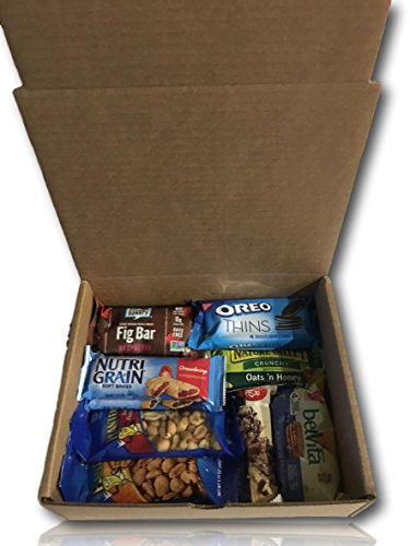 Natural & Healthy Snacks Care Package by AtHomePlus (25 Count) --Perfect Gift for College, Military or Office!! by AtHomePlus (Image #2)