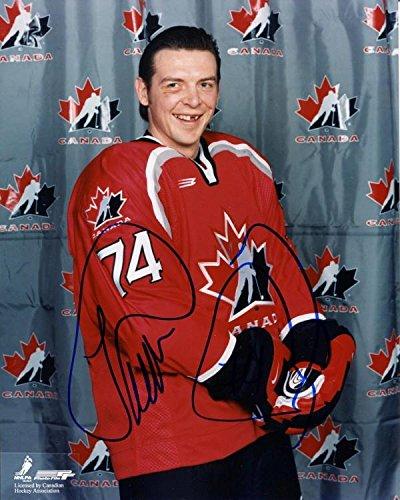 (Theo Fleury Signed Photo - Team Canada 8x10 - Autographed NHL Photos)