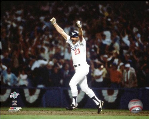Kirk Gibson LA Dodgers 1988 World Series Action Photo 8x10