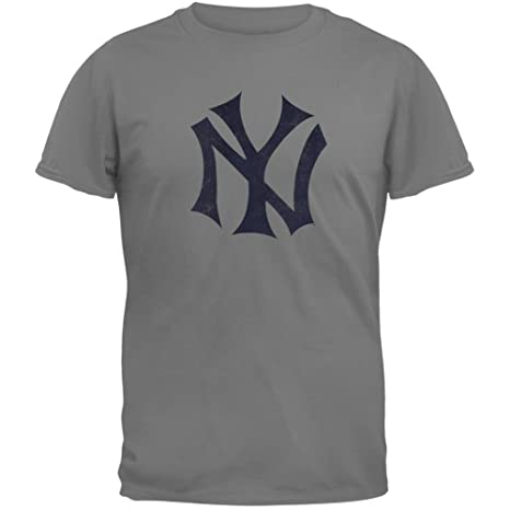 ac759269d Amazon.com : MLB New York Yankees Brass Tacks Vintage Style T-Shirt ...