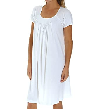 P-Jamas New Smocking Short Sleeve Gown (Carlota2) at Amazon Women s ... 9594fd7e5