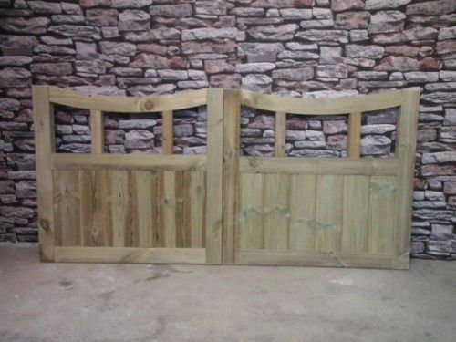 Smileswoodcraft Wooden Curve Slatted Driveway Gates - 4ft H (120cm, 4ft W = 2 gates @ 60cm W) smileswoodcraft@ymail.com