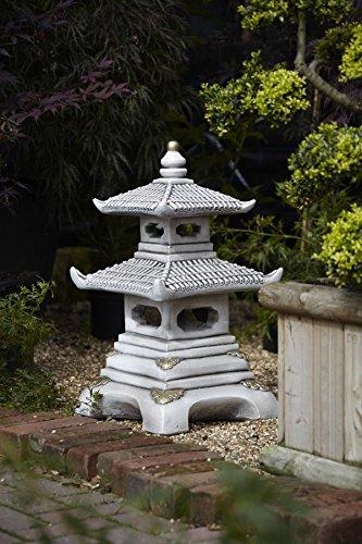 Pagoda japonesa de piedra, de dos pisos, Marbella Art ...