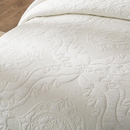 Tache Home Fashion 3 Piece Powder Snow 100% Cotton Matelassé Solid Ivory Quilt Bedspread Set, Queen