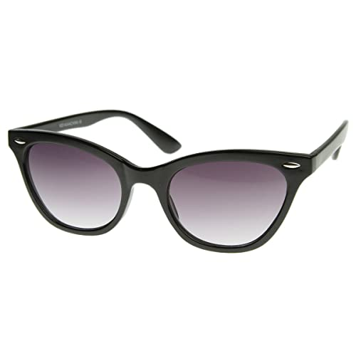 167dbf53898 Amazon.com  Small Pointed Rim Cat Eye Shaped Sunglasses with Rivets ...