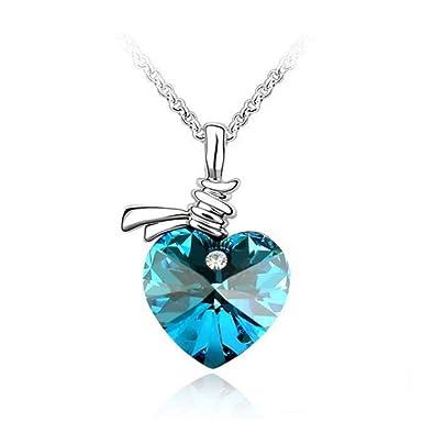 Très beau collier femme SWAROVSKI ELEMENTS - COLLIER COEUR BLEU-bijoux  femme est composé d 5b4518c1b26c