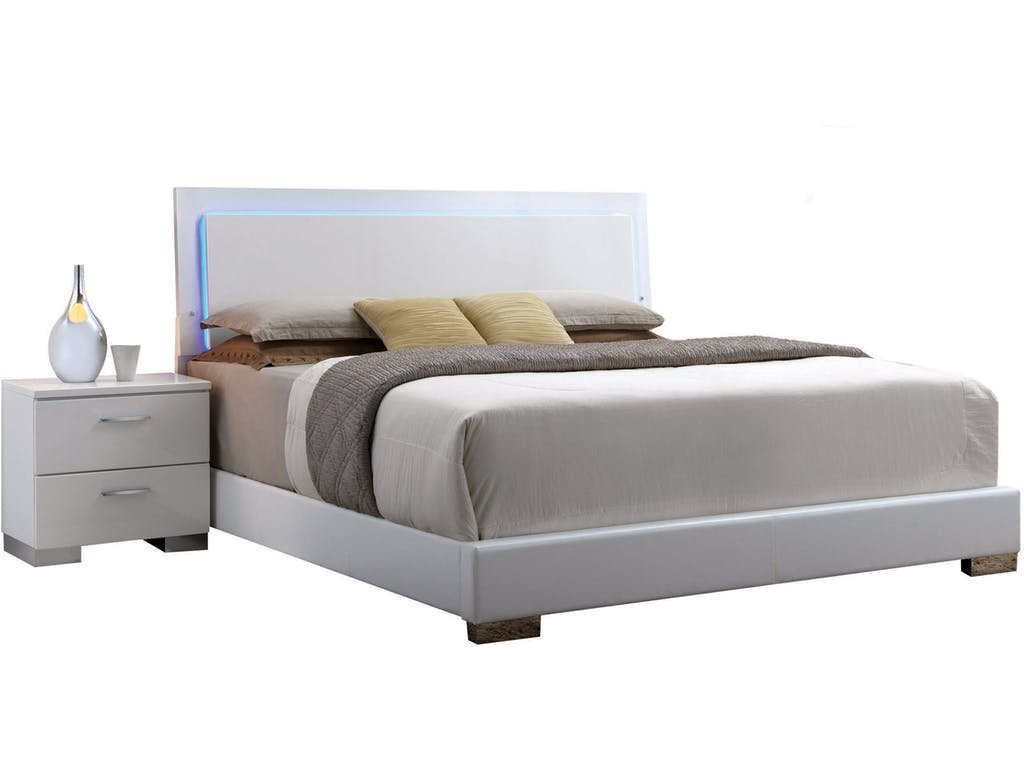 Major-Q Contemporary Modern White Finish PU Queen Size Bed with LED Headboard (7022640AQ) by Major-Q