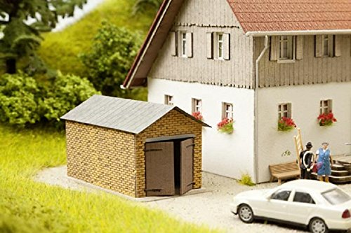 Roof Cut Laser (HO Scale 1-Car Brick Garage w/Pitched Roof - Kit (Laser-Cut Card) -- 2-3/4 x 1-9/16 x 1-1/2