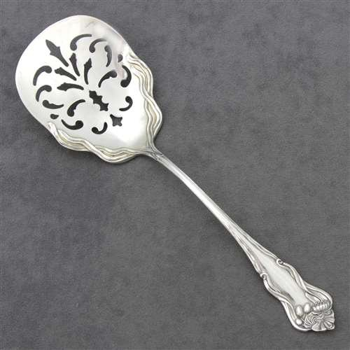 (Nenuphar by American Silver Co., Silverplate Tomato/Flat Server)
