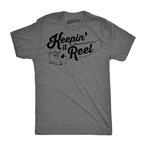 Crazy Dog TShirts - Mens Keepin It Reel Tshirt Funny Cool Fishing Bass Outdoors Sporting Tee (Grey) 5XL - herren - 5XL