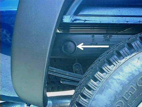 rear-wheel-well-frame-tube-plugs-2014-15-16-chevrolet-silverado-1wt-2wt-ltz-z71